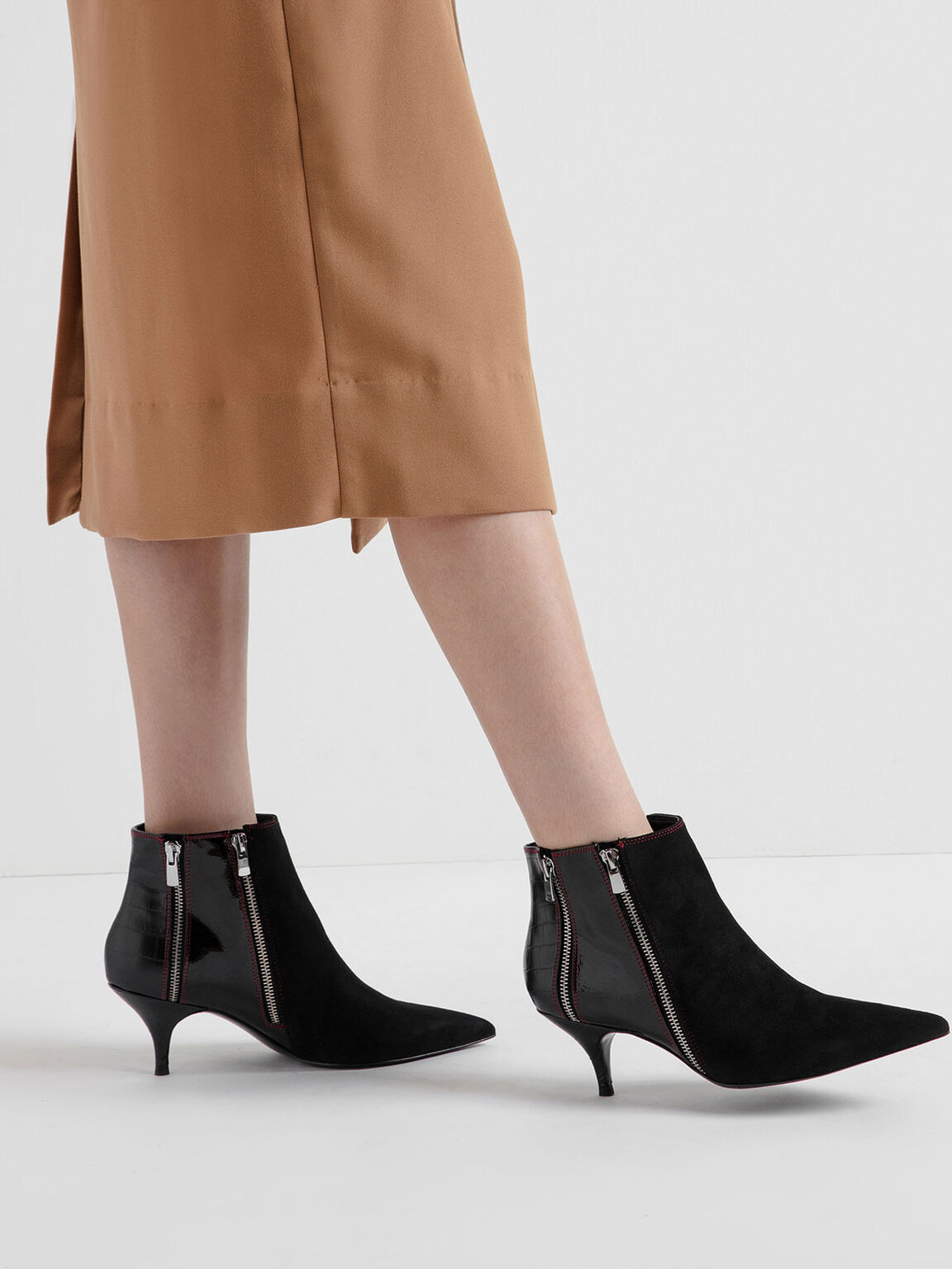 Croc-Effect Wrinkled Patent Zip-Up Kitten Heel Ankle Boots, Black, hi-res