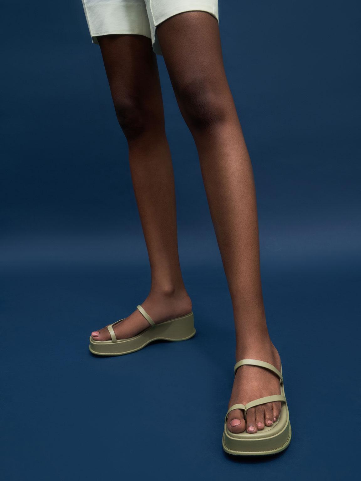 Toe Loop Flatform Sandals, Sage Green, hi-res