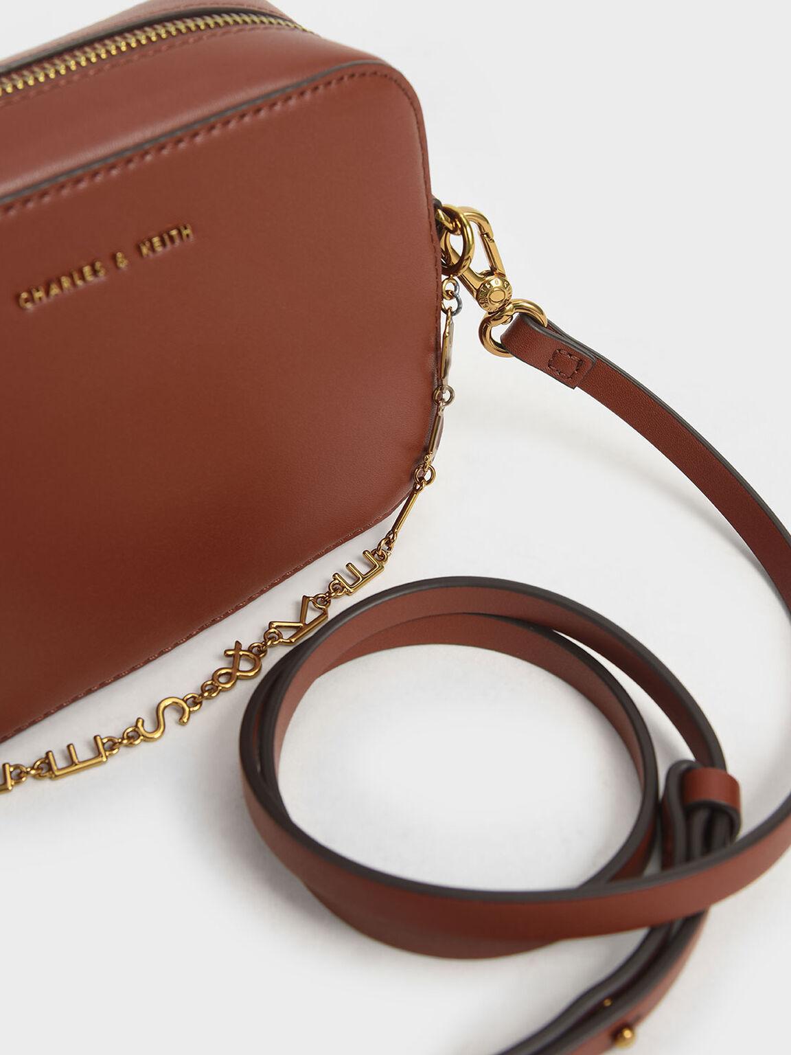Chain-Link Rectangular Bag, Brown, hi-res