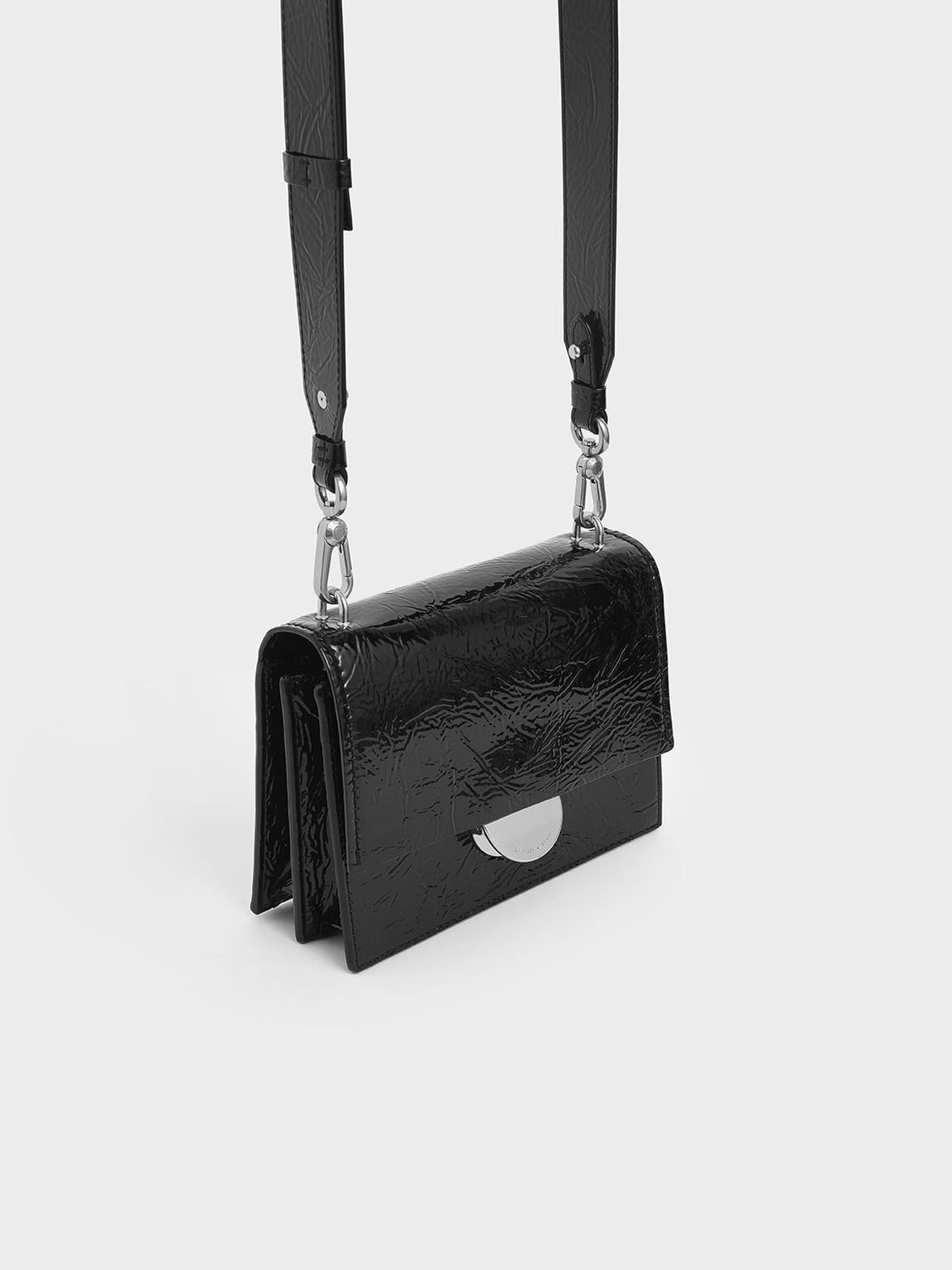 Round Metal Accent Wrinkled Patent Bag, Black, hi-res