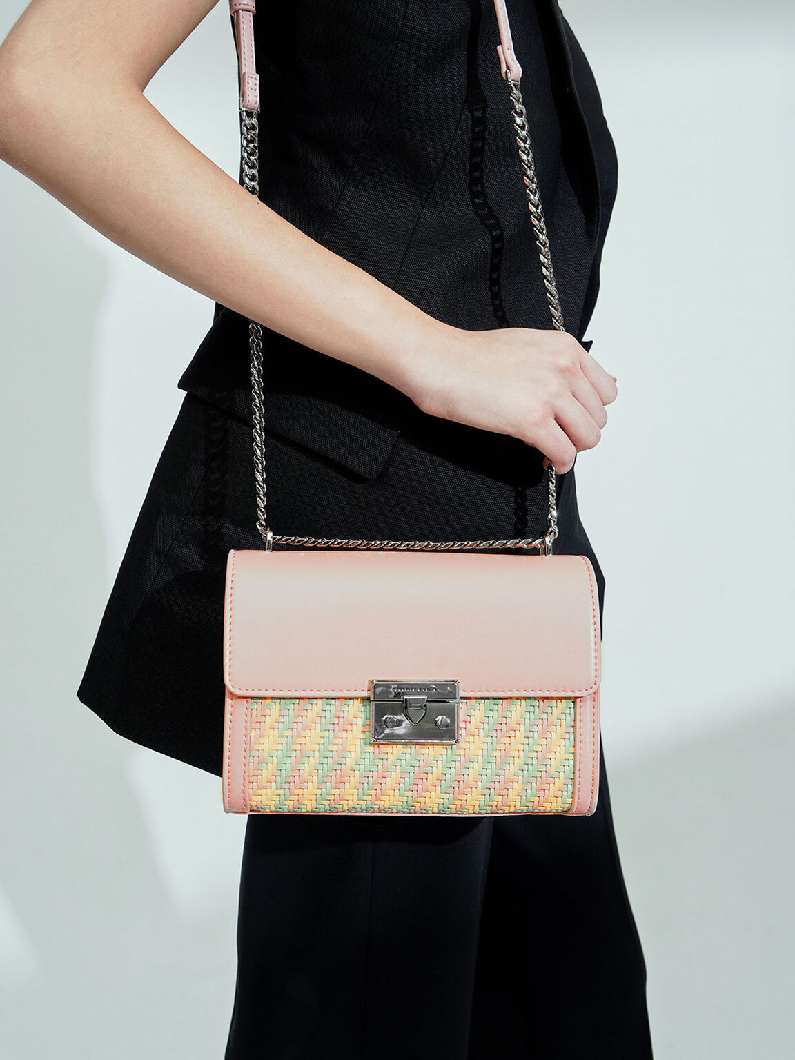 Woven Boxy Chain Strap Bag, Pink, hi-res