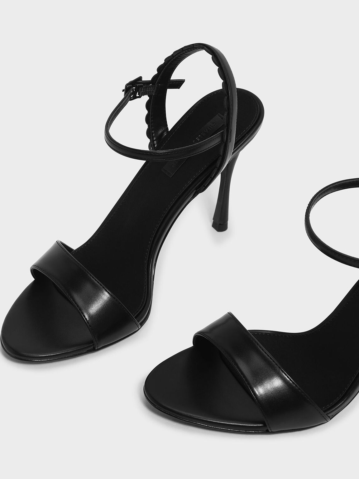 Scallop Edge Detail Heeled Sandals, Black, hi-res