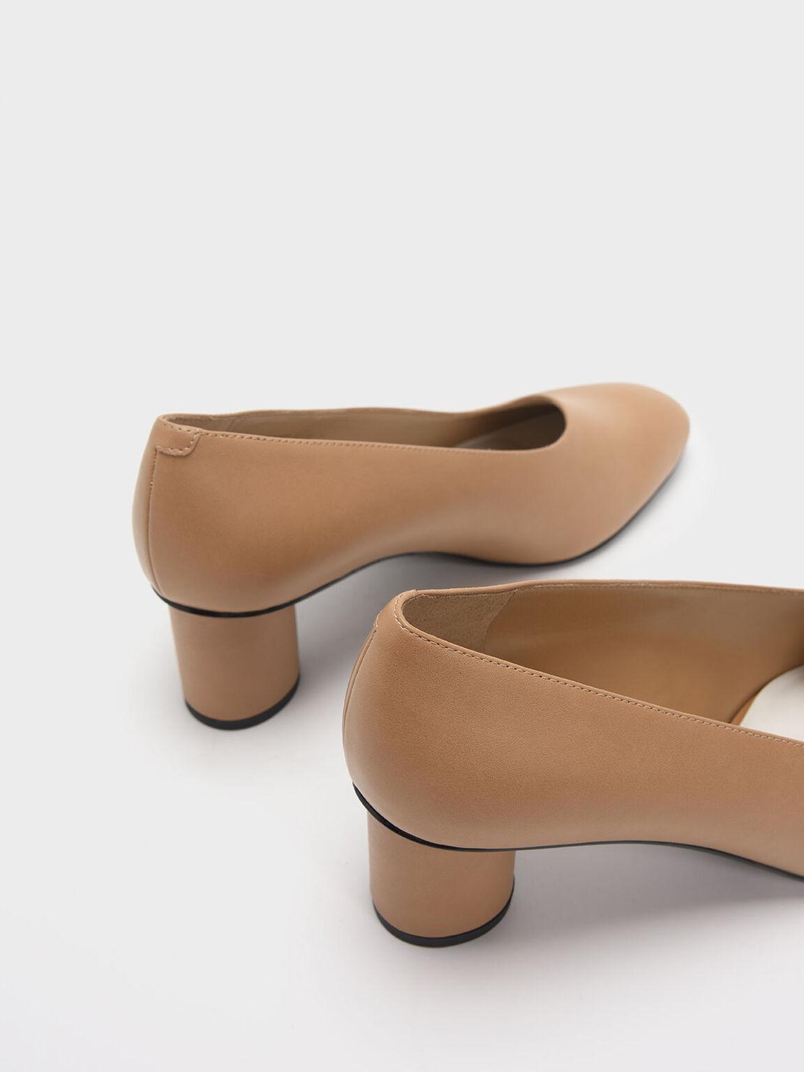Asymmetric-Cut Cylindrical Heel Pumps, Sand, hi-res