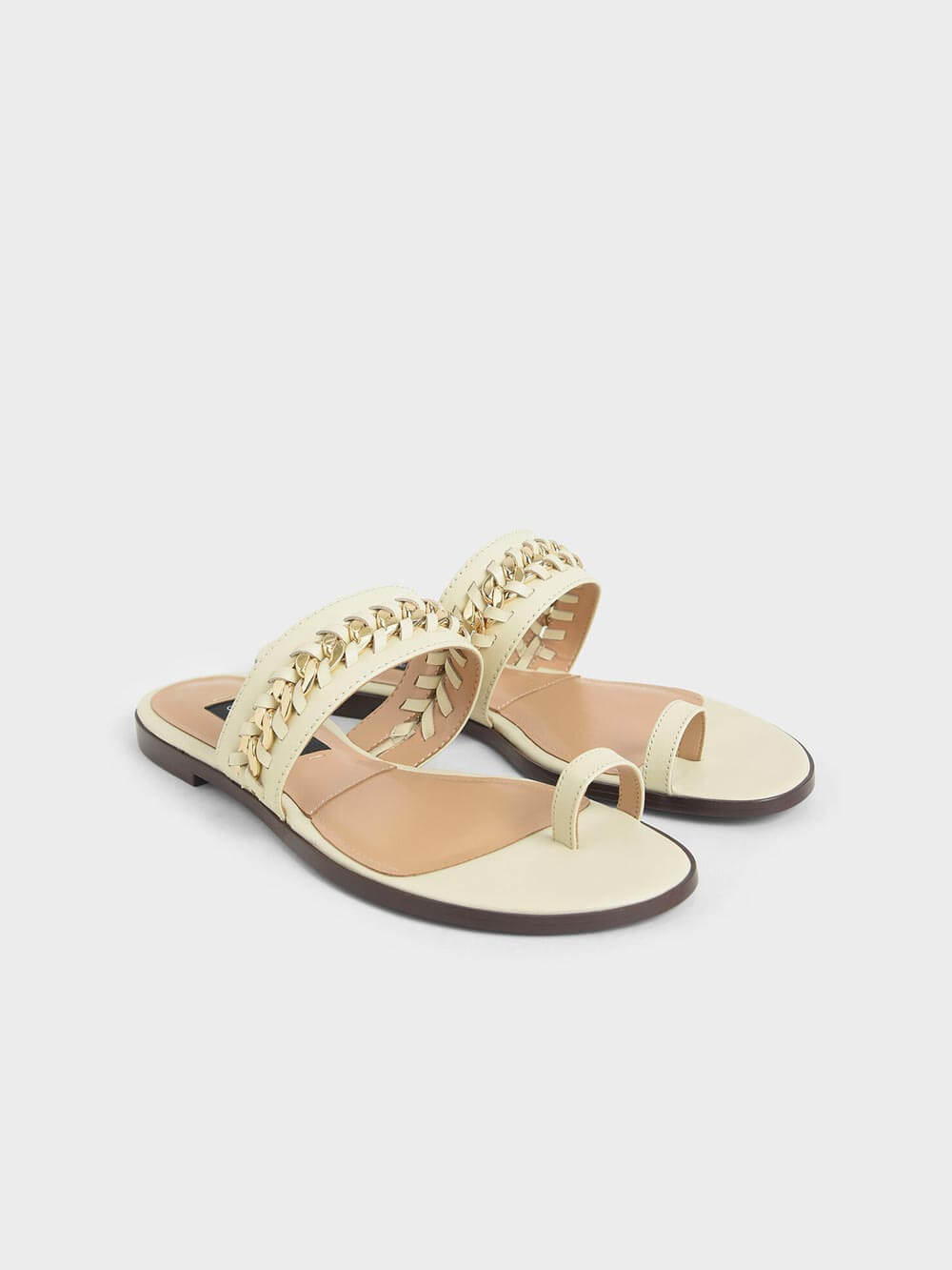 Leather Chain Link Toe Loop Sandals