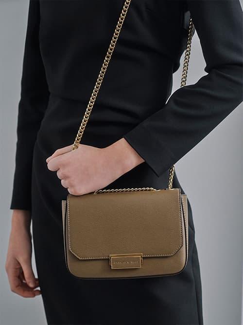 Chain Link Crossbody Bag